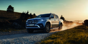 2018, X-Class, Power, V6, , Hero, driving, R1F rims, silver metallic, sportsbar, rollcover black, 4matic, awd